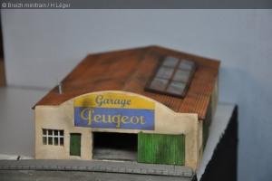 garage04M.jpg