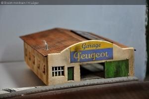 garage05M.jpg